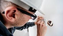 Riscuri de accidentare și măsuri de prevenire: Electrician