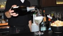 Riscuri de accidentare și măsuri de prevenire: Ospătar sau barman
