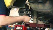 Riscuri de accidentare și măsuri de prevenire: Mecanic auto